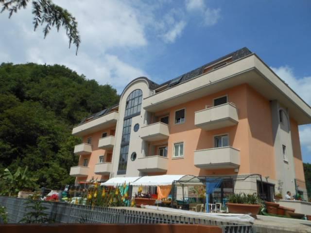 Appartamento in vendita a Pratella, 3 locali, prezzo € 120.000 | CambioCasa.it