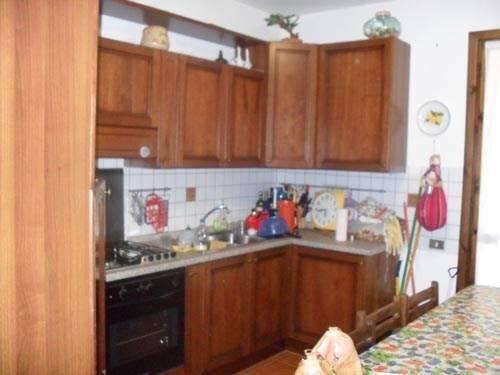 Appartamento in vendita a Fano Adriano, 5 locali, prezzo € 65.000 | CambioCasa.it
