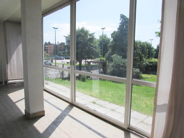 Villa in vendita a Paderno Dugnano, 2 locali, prezzo € 430.000 | CambioCasa.it