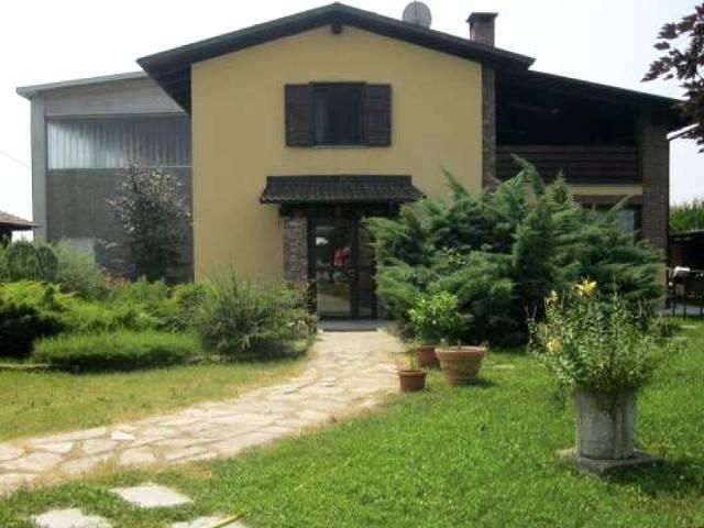 Villa in Vendita a Airasca