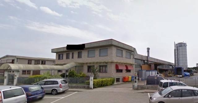 Capannone in vendita a San Giusto Canavese, 9999 locali, prezzo € 320.000 | CambioCasa.it