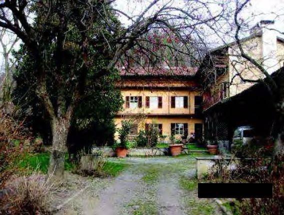 Rustico / Casale in vendita a Levone, 6 locali, prezzo € 120.000 | CambioCasa.it