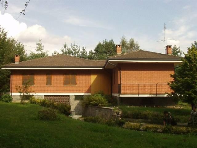Villa in vendita a Alice Superiore, 6 locali, prezzo € 259.000 | CambioCasa.it