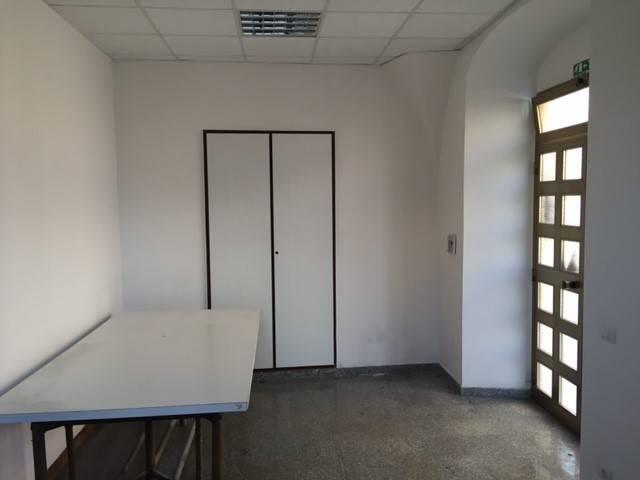 Ufficio / Studio in affitto a Siderno, 2 locali, Trattative riservate | CambioCasa.it