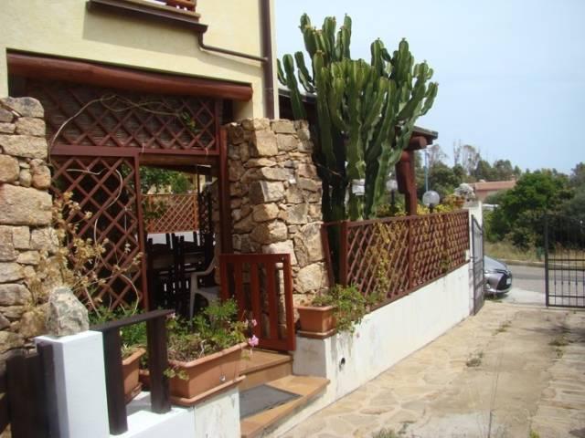 Villa in vendita a Dorgali, 5 locali, prezzo € 280.000   CambioCasa.it