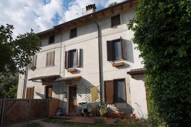 Soluzione Indipendente in vendita a Pozzolengo, 4 locali, prezzo € 185.000 | CambioCasa.it