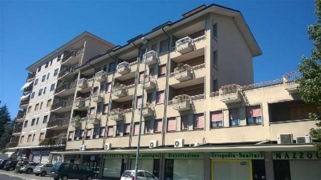 Appartamento in affitto a Ivrea, 4 locali, prezzo € 450 | CambioCasa.it