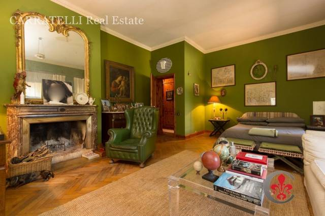 Villa in vendita a Castel Gandolfo, 6 locali, Trattative riservate | CambioCasa.it