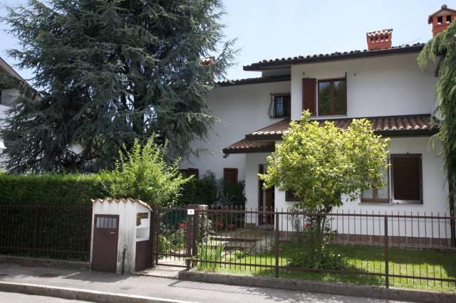 Villa in vendita a Gorle, 5 locali, Trattative riservate   CambioCasa.it