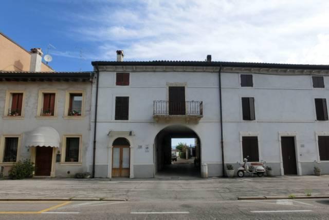 Soluzione Indipendente in vendita a Villafranca di Verona, 3 locali, prezzo € 49.000 | CambioCasa.it