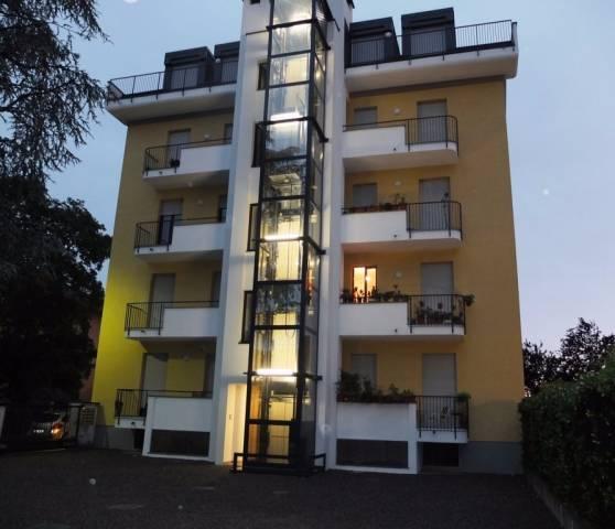 Appartamento in affitto a Monza, 3 locali, zona Zona: 6 . Triante, San Fruttuoso, Taccona, prezzo € 650 | CambioCasa.it