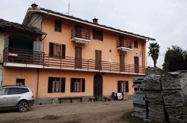 Rustico / Casale in vendita a Campiglione-Fenile, 6 locali, prezzo € 120.000 | CambioCasa.it