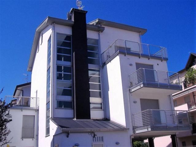 Appartamento in vendita a Gallarate, 3 locali, Trattative riservate | CambioCasa.it