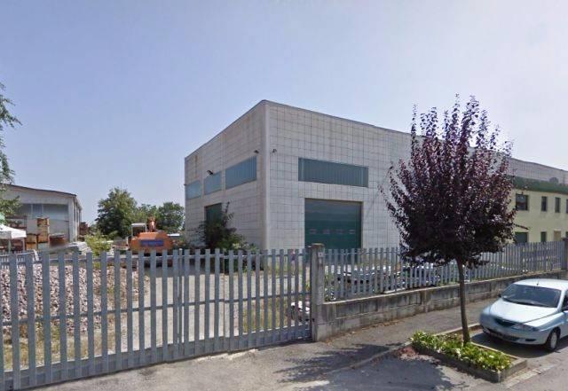 Capannone in vendita a Macello, 6 locali, prezzo € 225.000 | CambioCasa.it