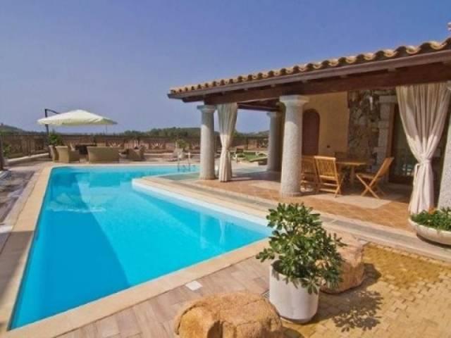 Villa in vendita a Domus De Maria, 5 locali, Trattative riservate | CambioCasa.it