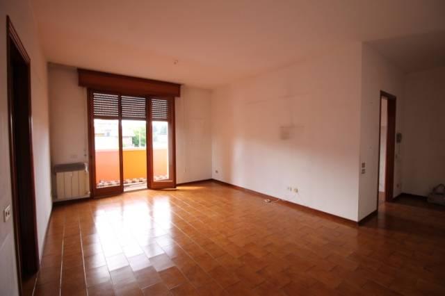 Appartamento in vendita a Busto Arsizio, 3 locali, prezzo € 128.000   CambioCasa.it