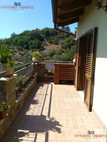 Appartamento in vendita a Torchiara, 3 locali, prezzo € 132.000 | CambioCasa.it