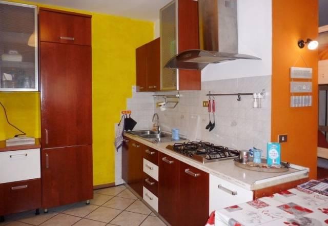 Appartamento in vendita a Calceranica al Lago, 1 locali, prezzo € 78.000 | CambioCasa.it