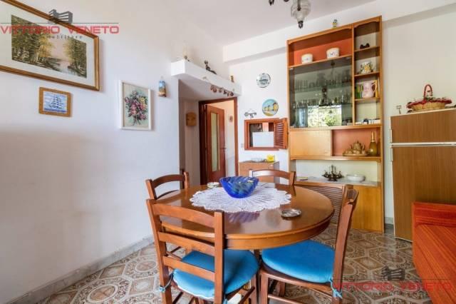Appartamento in vendita a Agropoli, 2 locali, prezzo € 78.000 | CambioCasa.it