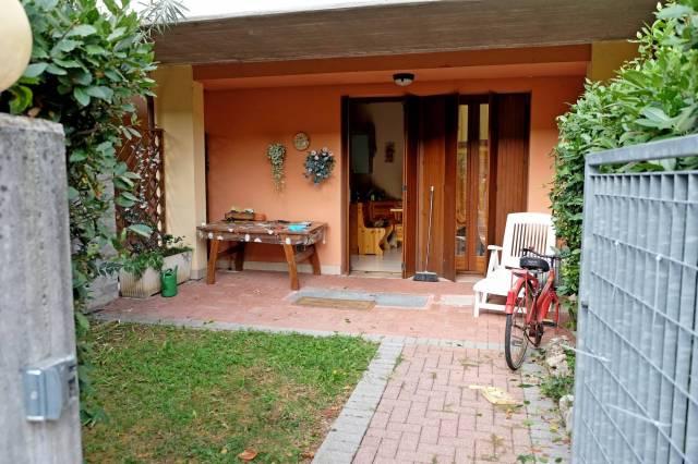 Appartamento in vendita a Sirmione, 3 locali, prezzo € 148.000 | CambioCasa.it