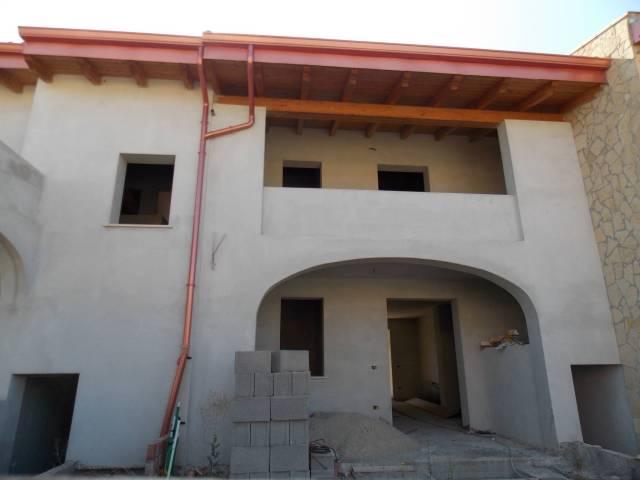 Villa in vendita a Castiadas, 5 locali, prezzo € 150.000   CambioCasa.it