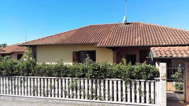 Villa in vendita a Lonate Pozzolo, 4 locali, prezzo € 395.000   CambioCasa.it