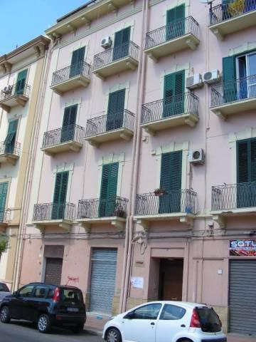 Appartamento in vendita a Taranto, 3 locali, prezzo € 73.000 | CambioCasa.it