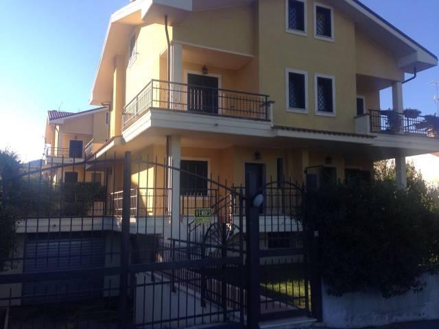 Villa in affitto a Mandela, 5 locali, prezzo € 1.000 | CambioCasa.it