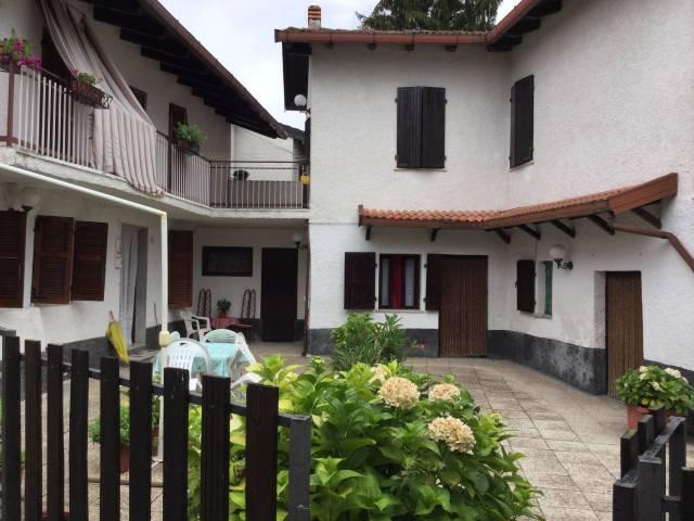 Rustico / Casale in vendita a Montemarzino, 6 locali, prezzo € 250.000 | CambioCasa.it