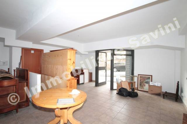 Negozio / Locale in vendita a Ariccia, 2 locali, prezzo € 80.000 | CambioCasa.it