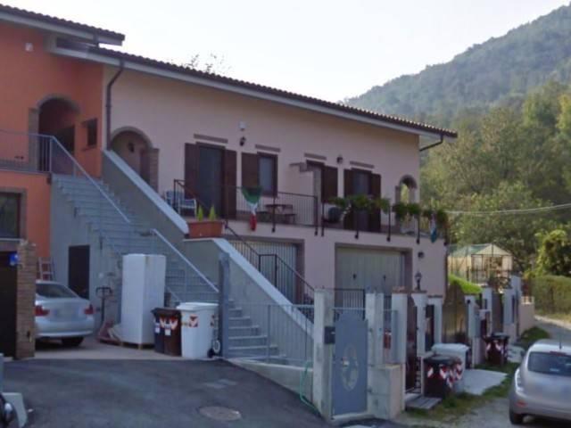 Appartamento in vendita a Giaveno, 4 locali, prezzo € 87.000 | CambioCasa.it