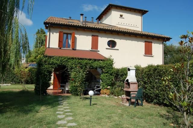 Soluzione Indipendente in vendita a Bologna, 6 locali, zona Zona: 4 . San Vitale, prezzo € 425.000 | CambioCasa.it