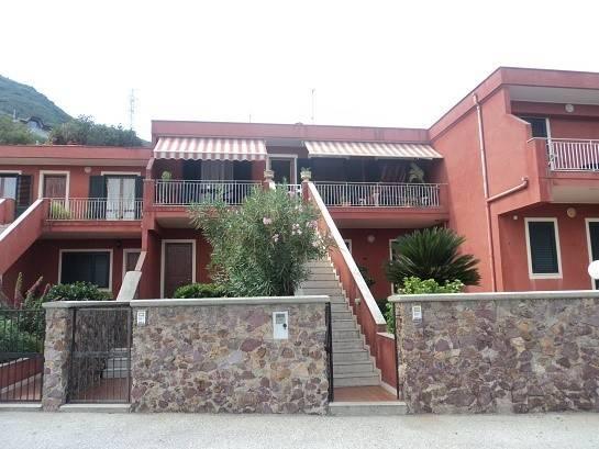 Appartamento in vendita a Gioiosa Marea, 5 locali, prezzo € 115.000 | CambioCasa.it