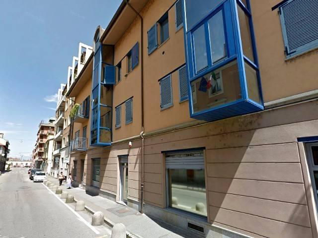 Negozio / Locale in vendita a Chivasso, 2 locali, prezzo € 100.000 | CambioCasa.it
