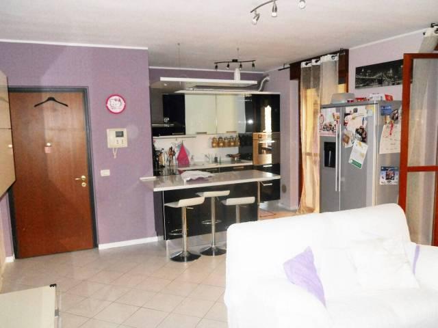 Appartamento in vendita a Rozzano, 3 locali, prezzo € 208.000 | CambioCasa.it