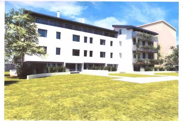 Appartamento in vendita a Padova, 3 locali, zona Zona: 1 . Centro, prezzo € 350.000 | CambioCasa.it