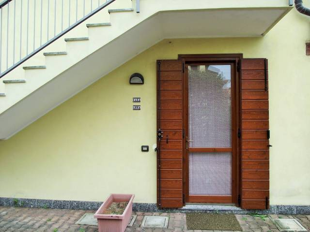 Appartamento in vendita a Paderno d'Adda, 2 locali, prezzo € 80.000 | CambioCasa.it