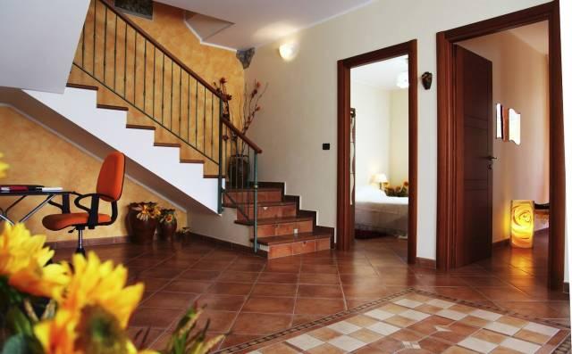 Villa in vendita a Calatabiano, 5 locali, prezzo € 329.000 | CambioCasa.it
