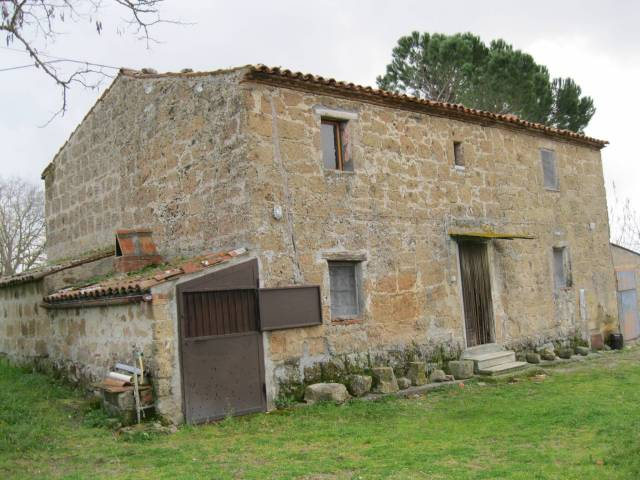 Rustico / Casale in vendita a Manciano, 5 locali, Trattative riservate | CambioCasa.it