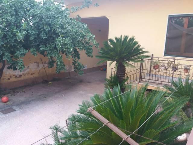 Villa in vendita a Grumo Nevano, 4 locali, prezzo € 245.000 | CambioCasa.it