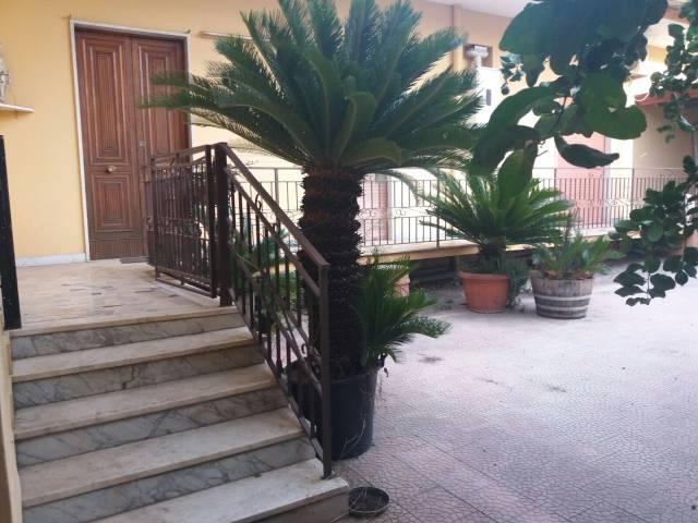 Villa in vendita a Frattamaggiore, 4 locali, prezzo € 245.000 | CambioCasa.it