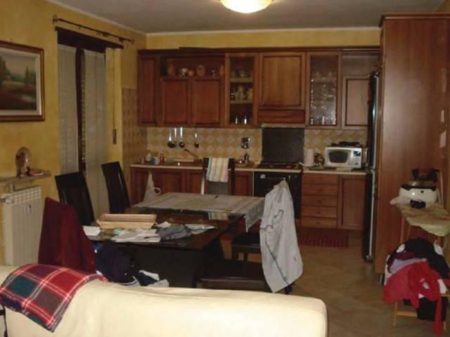 Appartamento in vendita a Sant'Antonino di Susa, 4 locali, prezzo € 38.000 | CambioCasa.it