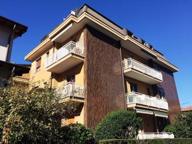 Appartamento in vendita a Lipomo, 3 locali, prezzo € 75.000 | CambioCasa.it