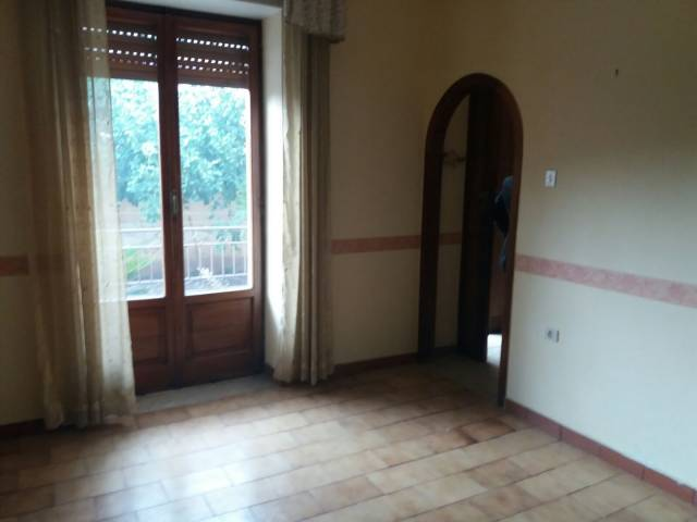 Villa in vendita a Cesa, 4 locali, prezzo € 245.000 | CambioCasa.it