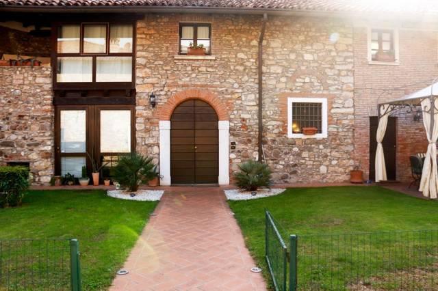 Villa in vendita a Brescia, 4 locali, prezzo € 590.000   CambioCasa.it