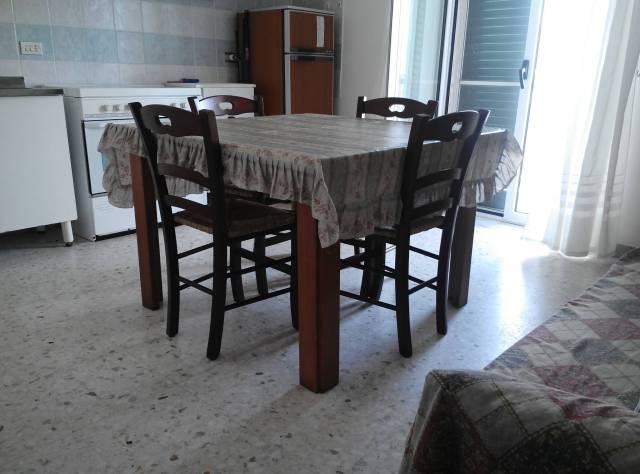 Appartamento in vendita a Ginosa, 3 locali, prezzo € 90.000 | CambioCasa.it