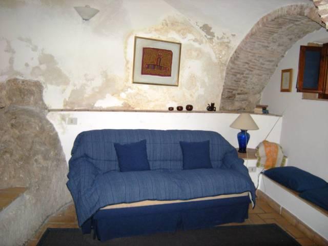 Appartamento in vendita a Itri, 1 locali, prezzo € 30.000 | CambioCasa.it