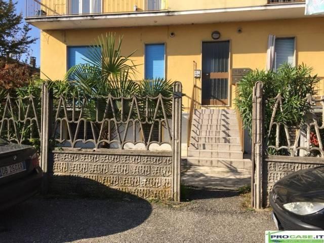 Appartamento in vendita a Uboldo, 2 locali, prezzo € 48.000 | CambioCasa.it