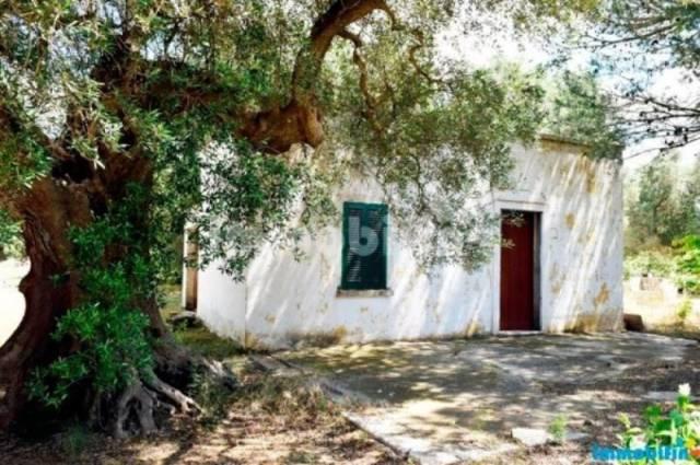 Rustico / Casale in vendita a Oria, 2 locali, prezzo € 45.000 | CambioCasa.it