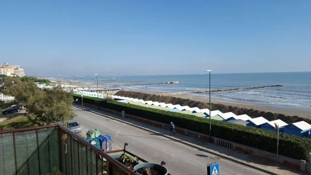 Appartamento in vendita a Venezia, 6 locali, zona Zona: 8 . Lido, prezzo € 450.000   CambioCasa.it